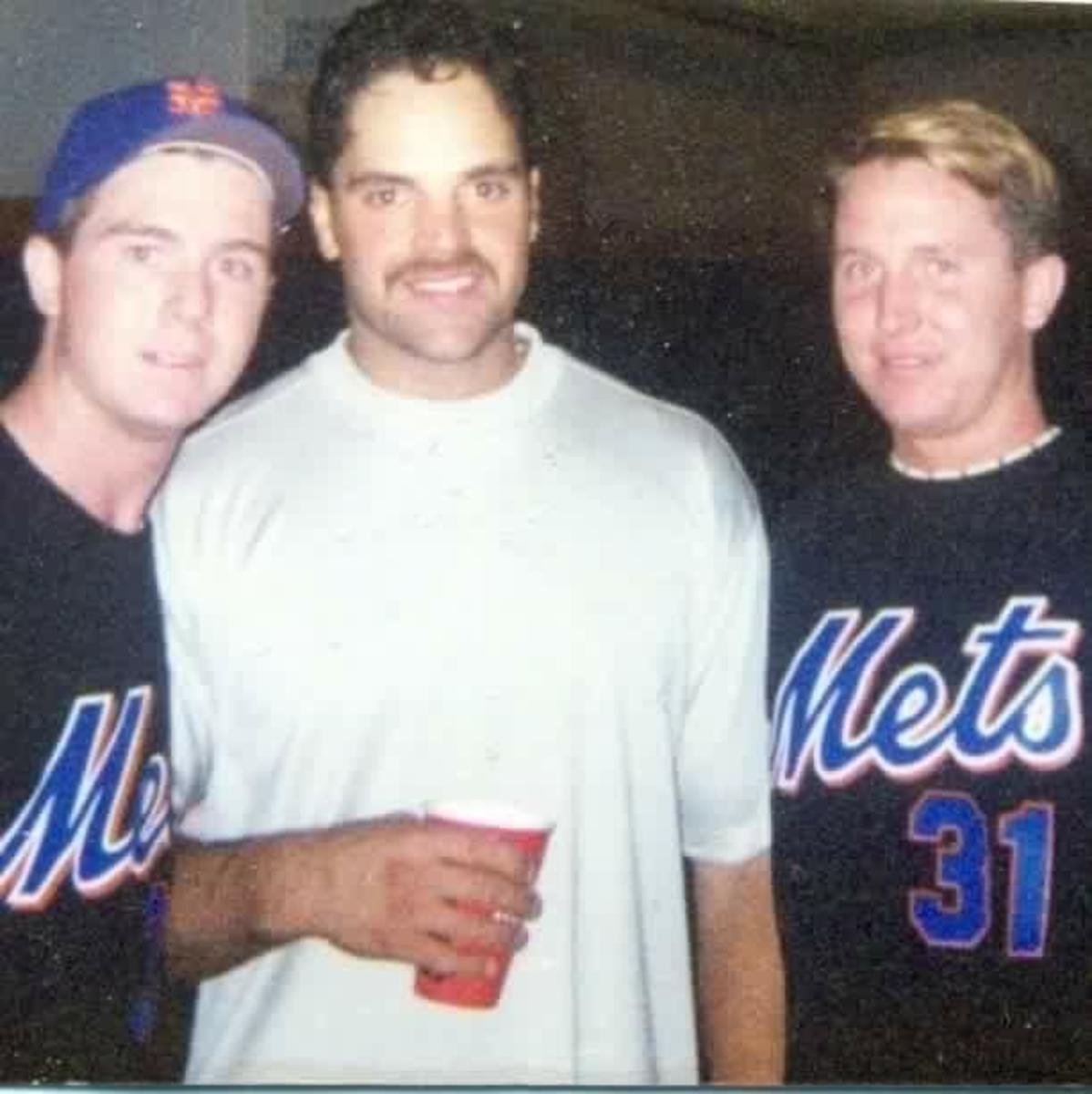 Jimmy Quinn meets his hero Mike Piazza
