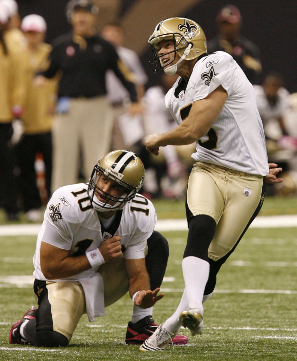 New Orleans Saints Kicker John Carney (3) attempts a field goal inside of the Superdome.