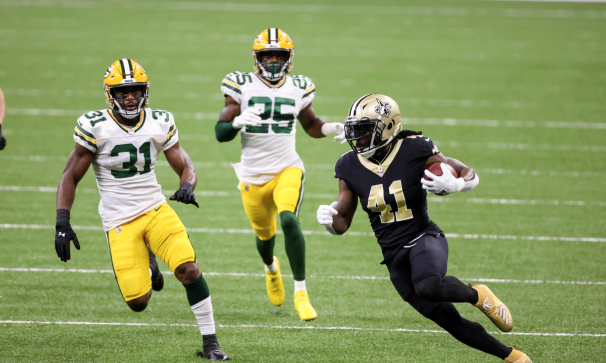 New Orleans Saints RB Alvin Kamara after a reception against the Green Bay Packers. Credit: USA Today/Packers Wire