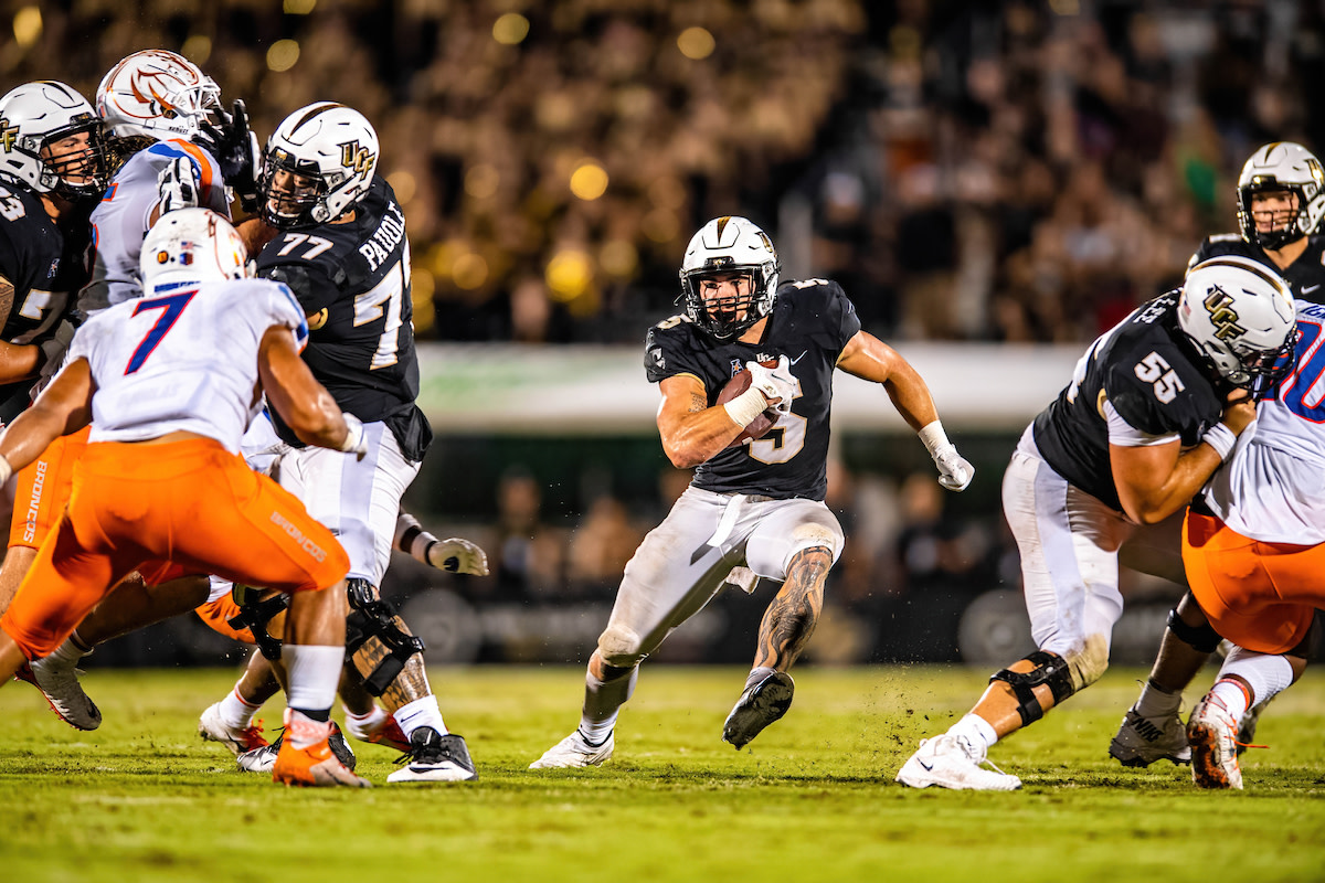 Isaiah Bowser and UCF Offensive Line - Matthew Lee