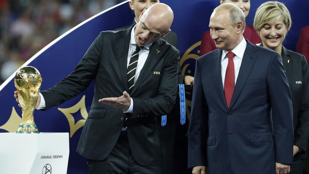 FIFA president Gianni Infantino and Vladimir Putin
