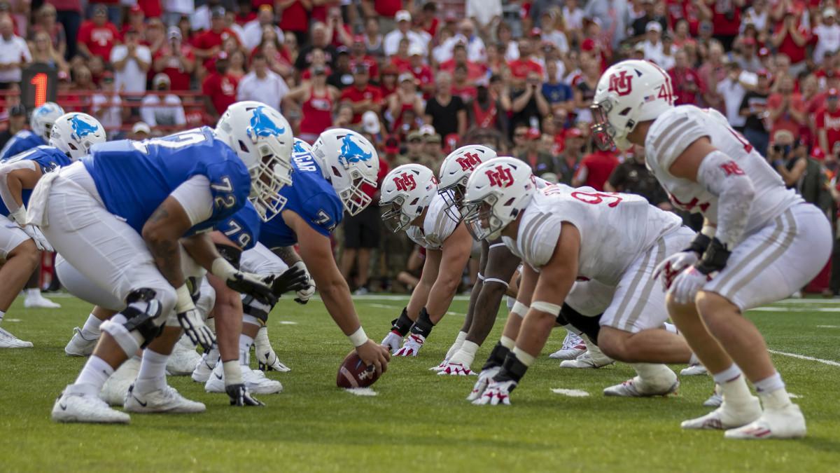 Line of scrimmage 2021 Buffalo at Nebraska football (2)