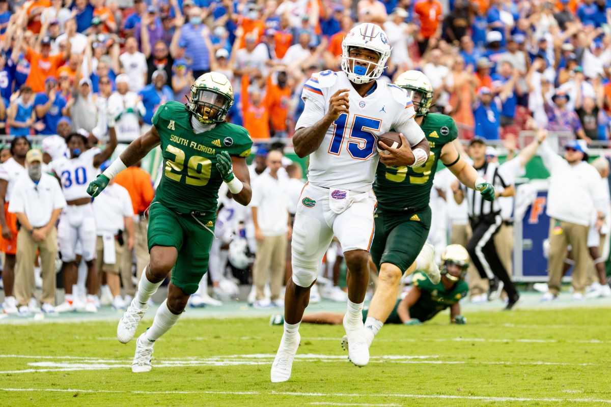 Florida Gators quarterback Anthony Richardson ran for a fourth quarter touchdown against USF.