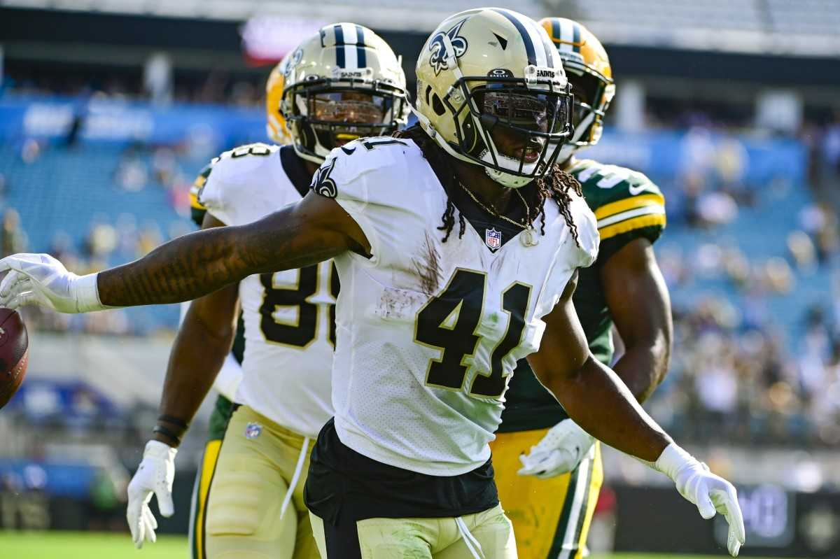 Alvin Kamara gets the first touchdown of 2021 for the Saints.