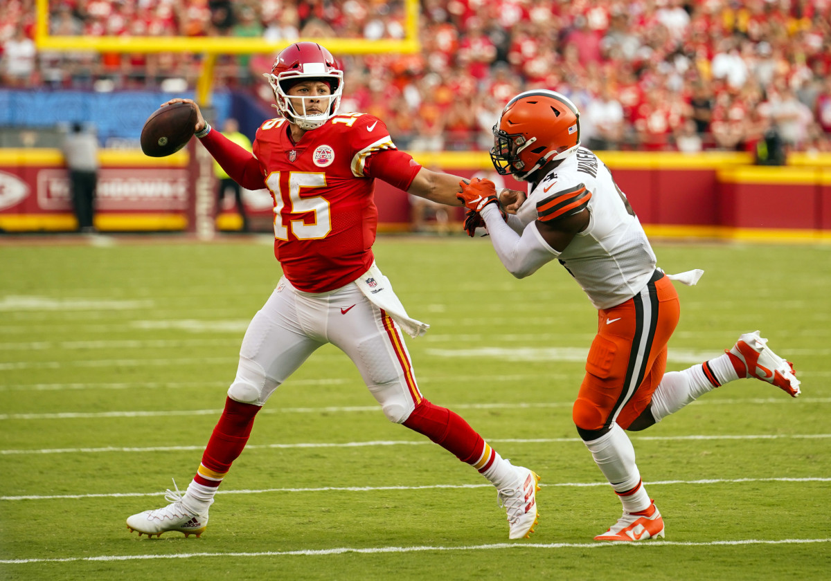 Arguably the NFL's top player, Patrick Mahomes helped lead his Chiefs to a win.