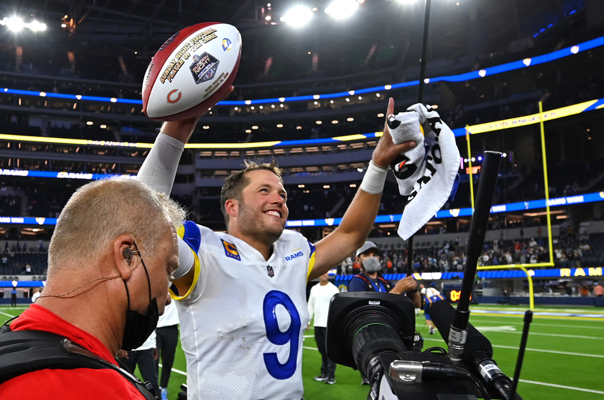 Matthew Stafford shined in his highly-anticipated Los Angeles debut.