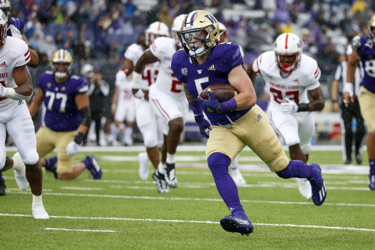 Sean McGrew scored a pair of touchdowns against Arkansas State