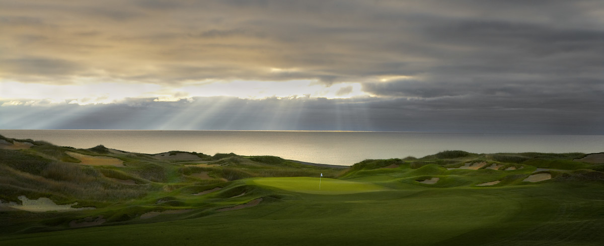 The Straits' par-4 1st hole will set the stage for each of the Ryder Cup's 28 matches.
