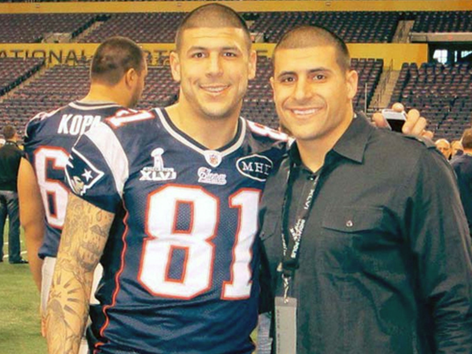 bd43dfd1f Aaron Hernandez s brother retraces NFL star s path to murder ...