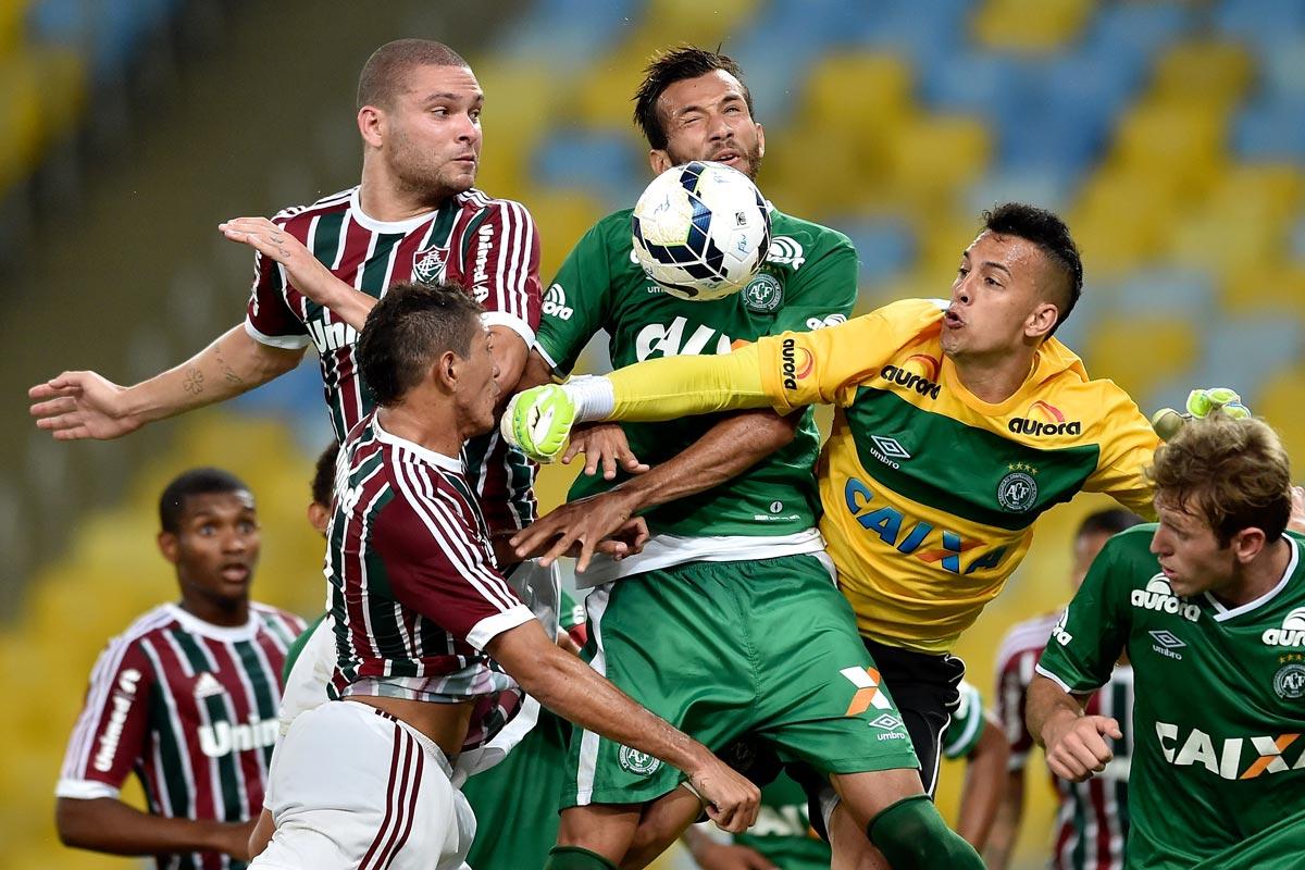Chapecoense facing off against Fluminense during the Brasileirao Series A at Maracana Stadium on November 20, 2014.