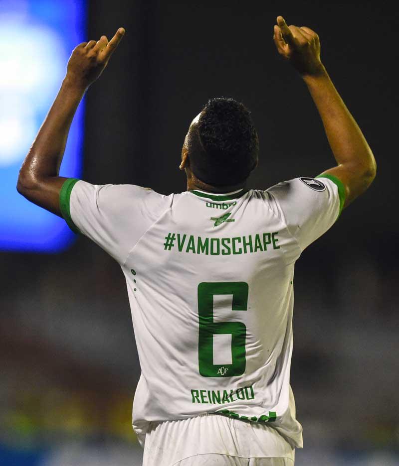 Chapecoense's Reinaldo Manoel da Silva celebrates after scoring a goal against Venezuela's Zulia on March 7, 2017.