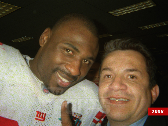410c50c02 A selfie Ortega took with Brandon Jacobs after Super Bowl XLII in 2008.